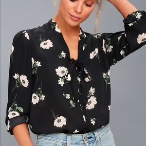 NWT - Lulus Floral Blouse
